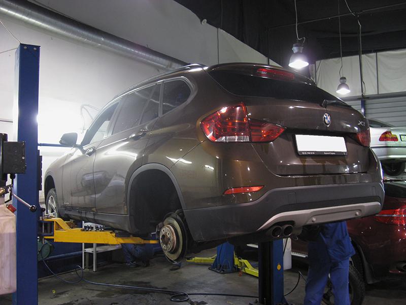 замена задних тормозных дисков BMW e36